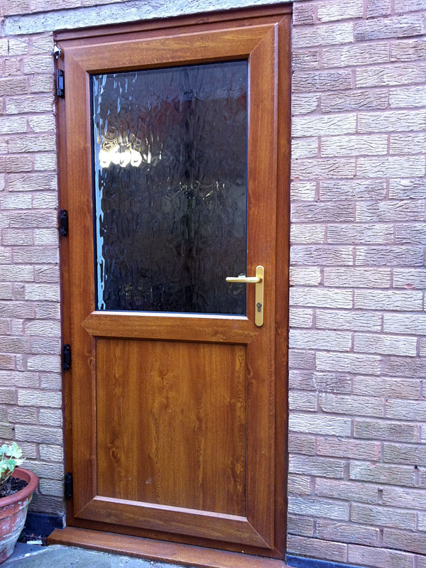 Back entry bing images for Exterior back doors for home